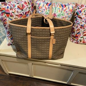 Coach Weekender bag - in great condition